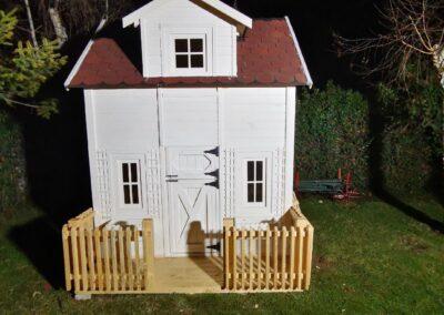 Kucice za decu za vaše i naše dvorište. Veliki broj modela.